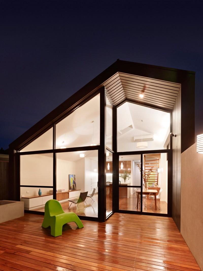Дом с современной линией дизайна фото 1
