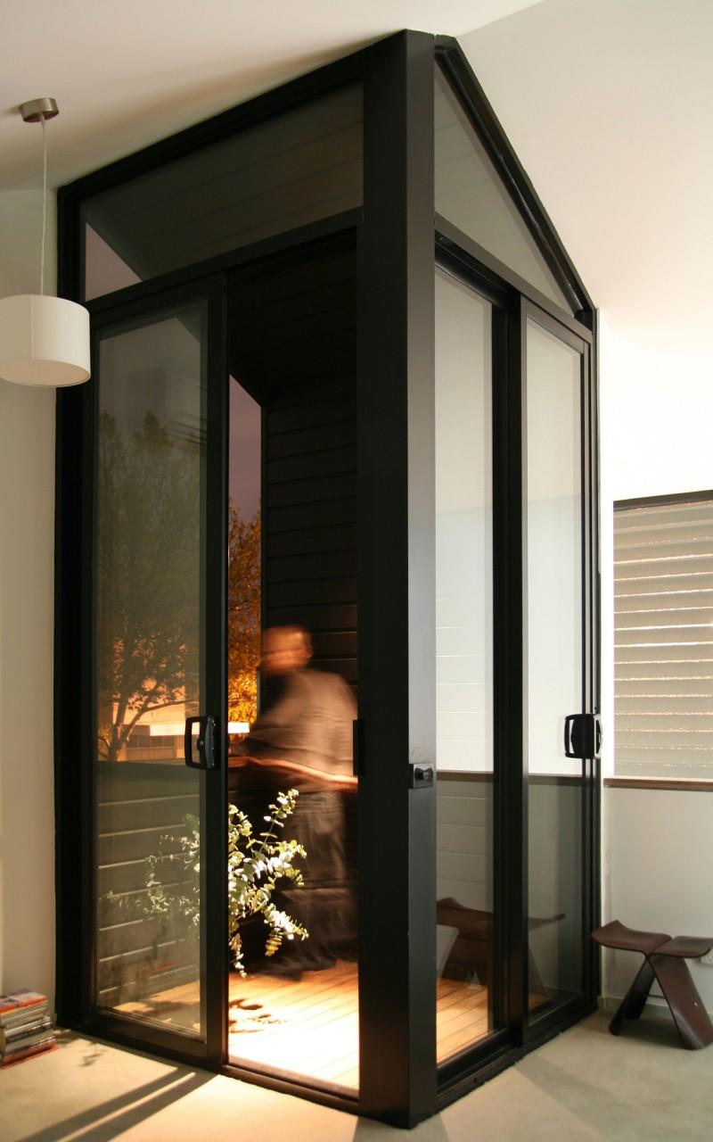 Дом с современной линией дизайна фото 4