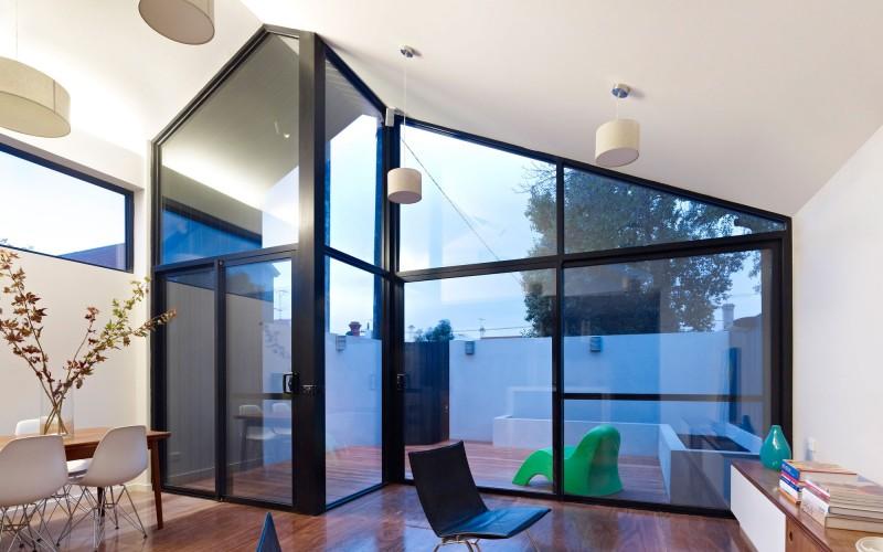 Дом с современной линией дизайна фото 5