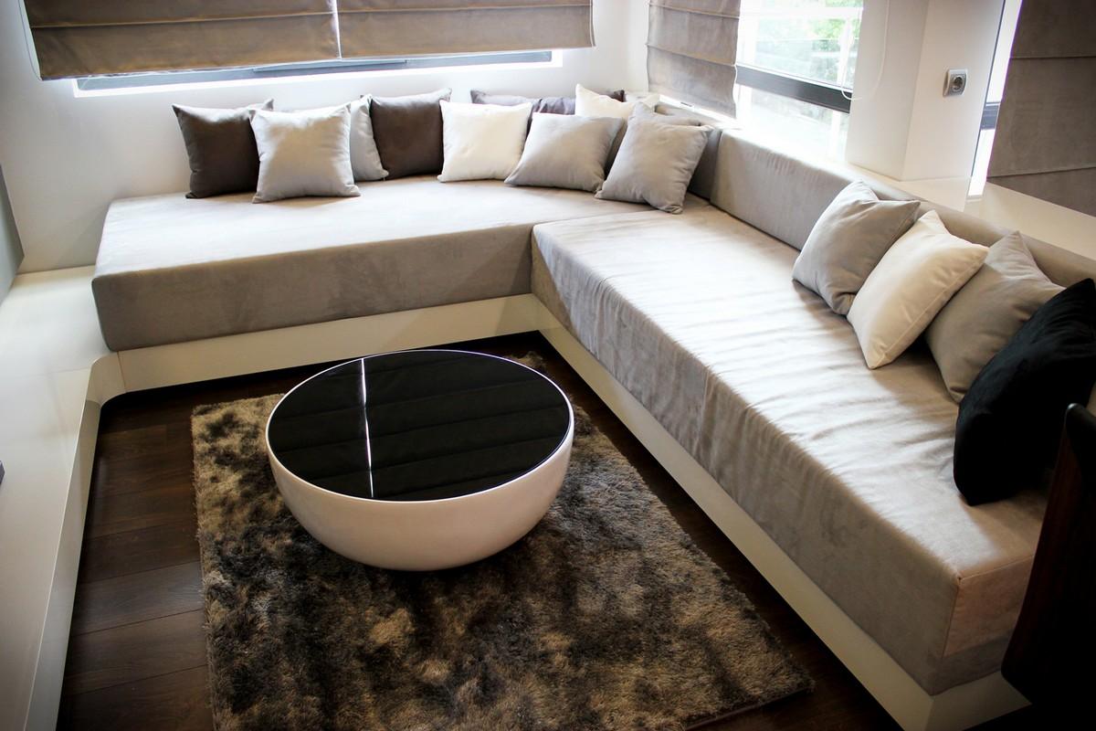 Футуристический дизайн интерьера частного дома фото 10