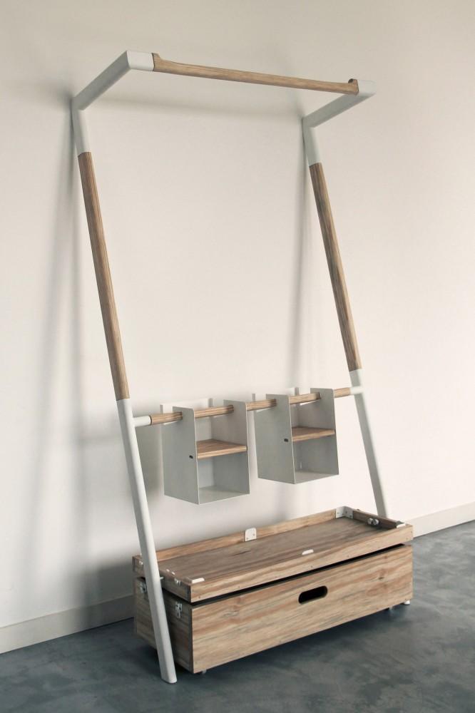 Практичная вешалка-шкаф фото 2