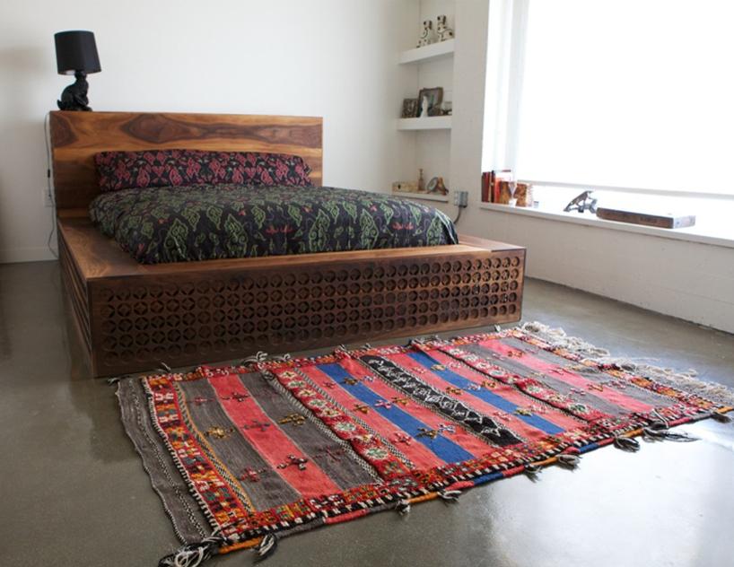 Уникальная кровать с элементами ручной работы фото 5