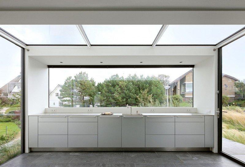 Прекрасный проект дома с соломенной крышей фото 8