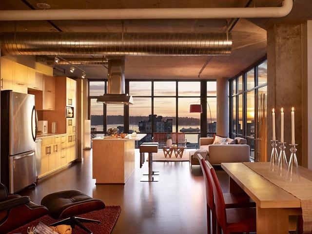 Парадоксальный дизайн гостиной в стиле лофт