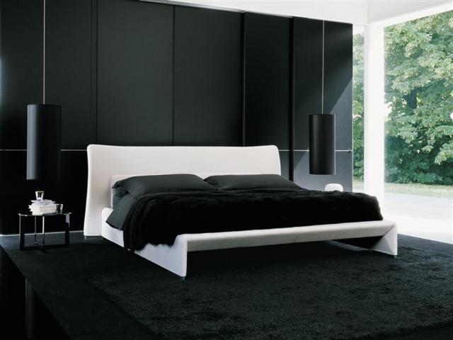 Необычный дизайн спальни в черных тонах
